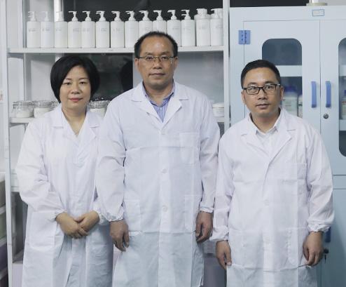 今盛美创始人两位邓总和广东药科大学何秋星博士